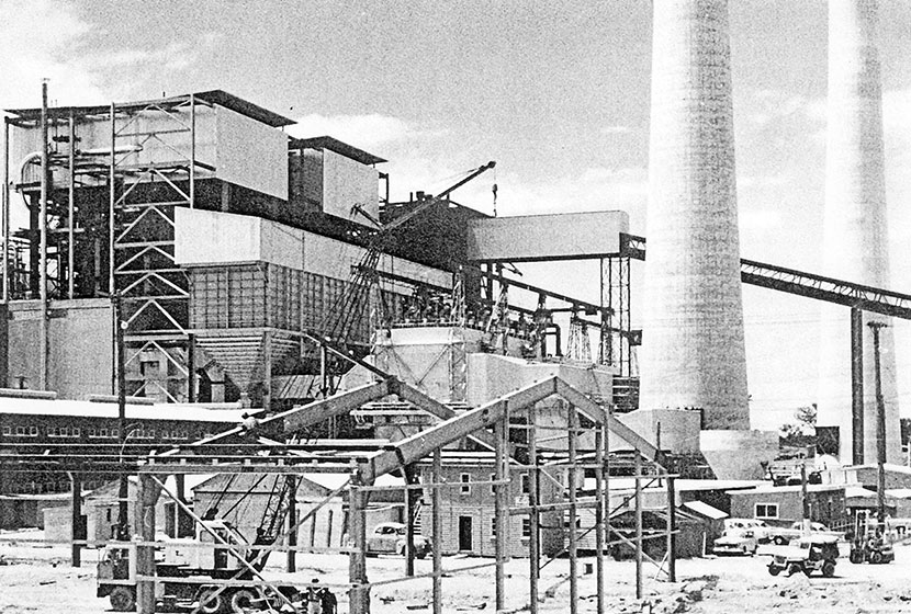 1960. Vales Point power station under construction.