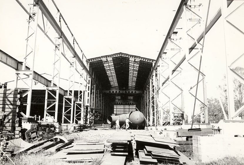 1960s. Seven Hills. Fabrication and storage area.