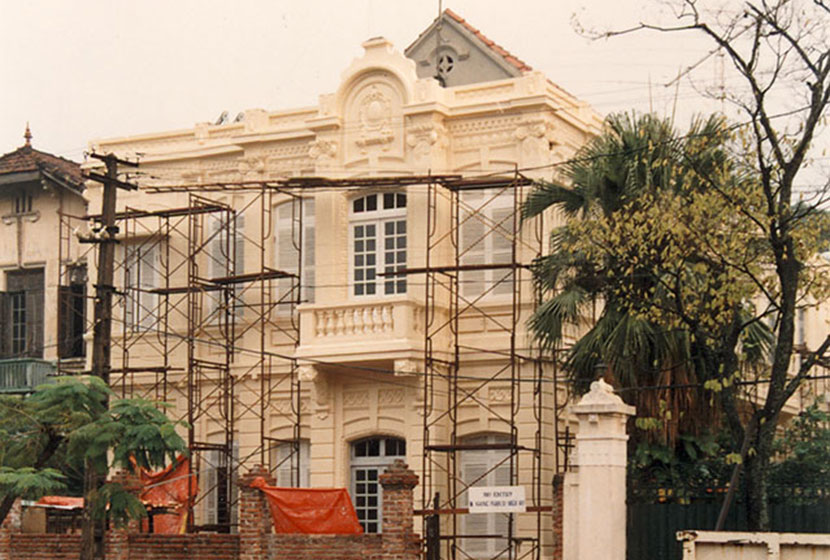 1989. Sabemo initiated refurbishment of the Australian Embassy in Hanoi, Vietnam.