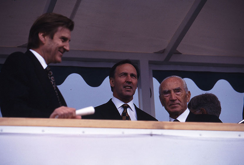 1994. Victorian Premier Jeff Kennett, Prime Minister Paul Keating and Franco at the launch of HMAS Anzac.