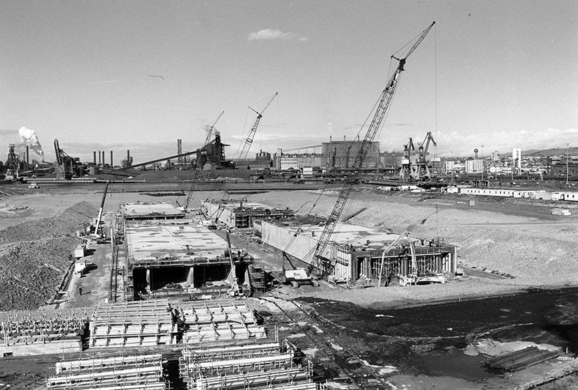 Port Kembla. Constructing the modules for the Sydney Harbour Tunnel.
