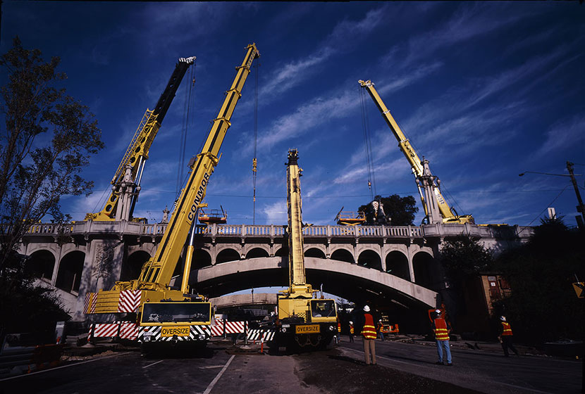 Melbourne City Link. The widening works required major structural changes to five main bridges.