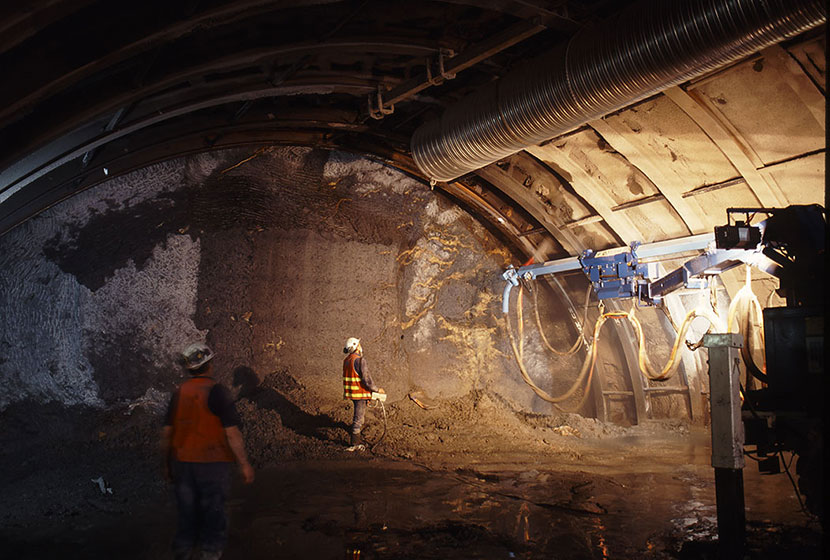 Melbourne City Link. Drilling in the Burnley Tunnel.