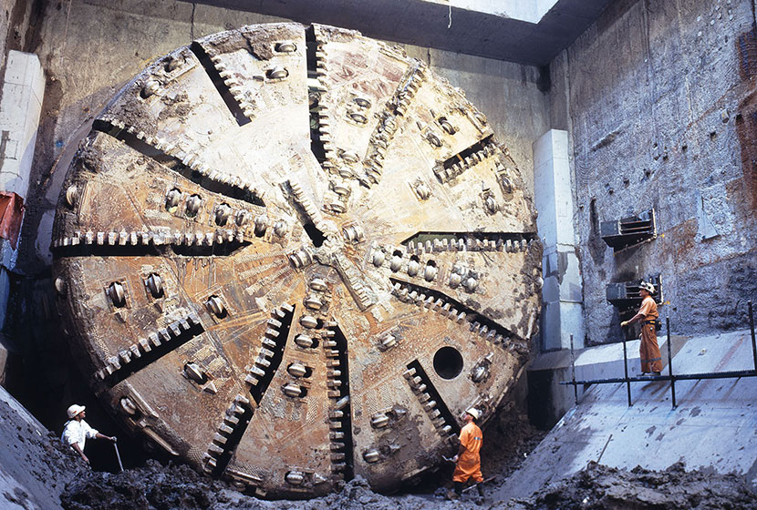 The head of the giant boring machine used for the tunnelling of the New Airport Railway.