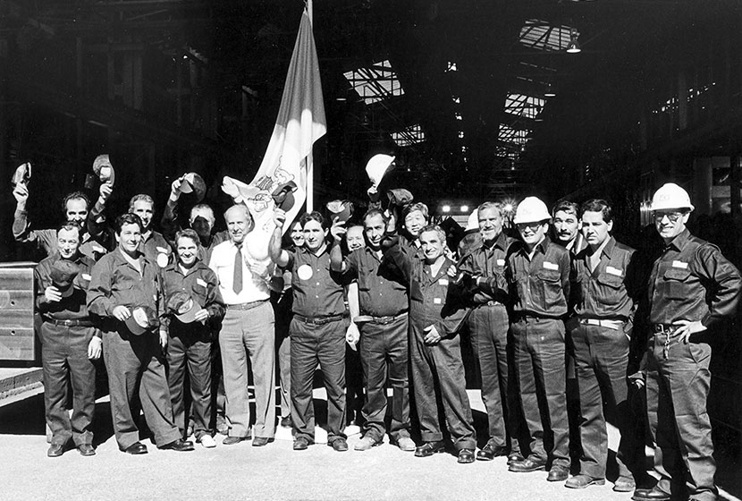 1986. Italian workers celebrating Pope John Paul II's visit to Transfield in Seven Hills.